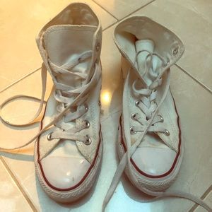 Converse high top white allstar size 6!
